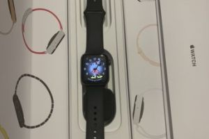 Apple watch 4 , Space Grey Aluminium, 40 mm