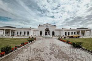 Domeniul cu Ciresi - Salon de nunti, botezuri si evenimente private